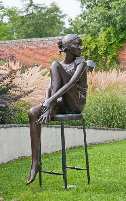 Rzeźba wogrodzie